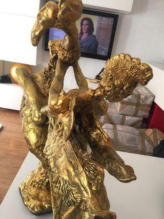 Escultura única
