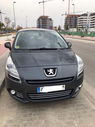 Peugeot 5008 150cv en perfecto estado