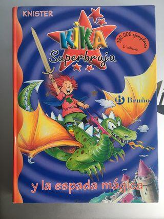 Kika súper bruja y la espada mágica