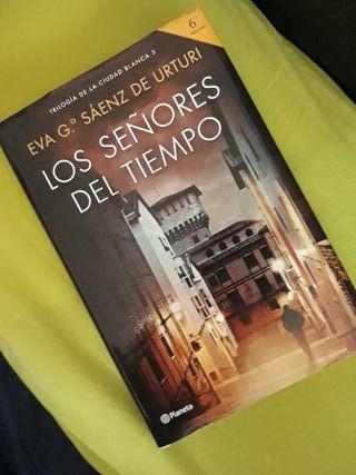 """Novela """"Los señores del tiempo"""""""