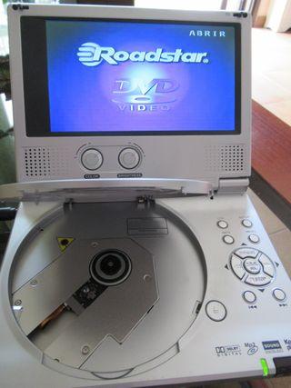 Reproductor DVD portátil Roadstar 7000P