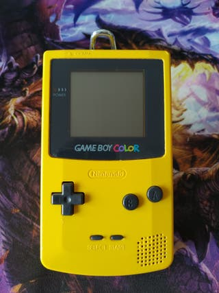 Game Boy Color seminueva.