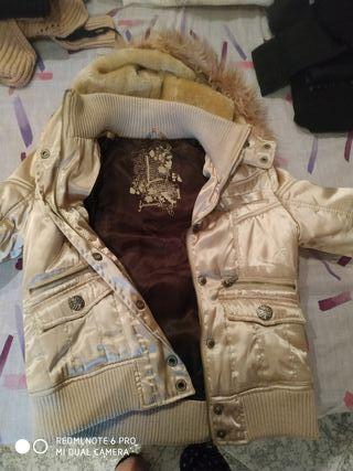 chaqueta mujer dorada