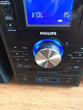 Equipo de música y Reproductor Dvd marca Philips