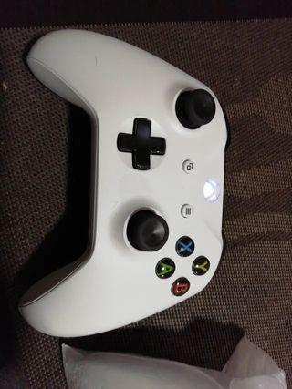 Mando Xbox One con Clavija Auriculares