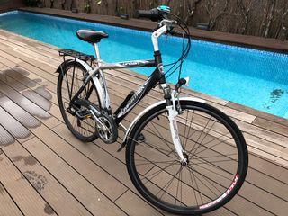 Bicicleta aluminio mixta 28 pulgadas.