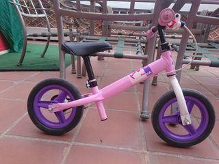 bici de niña sin pedales Decathlon