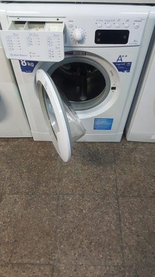 Lavadora marca Indesit de 8 kg clase A++ 1200 revo