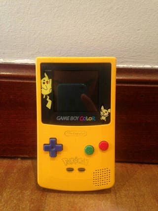 Game Boy Color Edición Limitada Pikachu