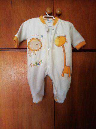 Pijama recién nacido.