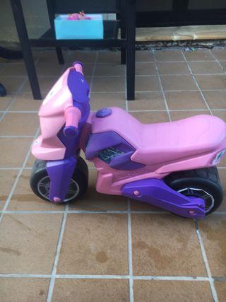 Moto corre pasillos niña 0-4