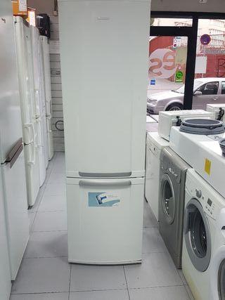 nevera marca Electrolux nofrost