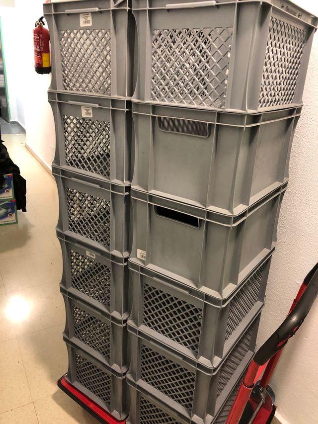 Cajas de almacenamiento apilable