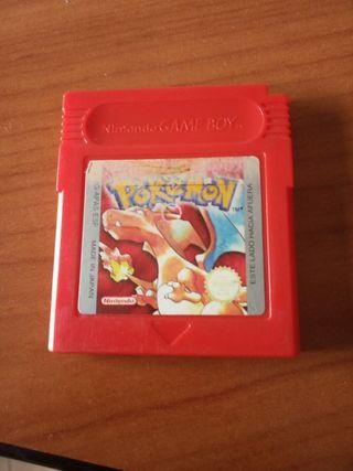 Game boy advance con Pokemon Rojo