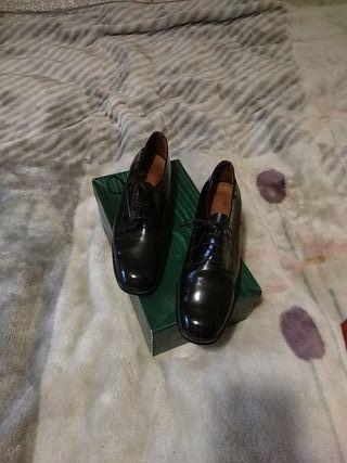 zapato negro charol martinelli