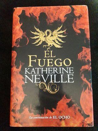 "Novela ""El Fuego"" de Katherine Neville"