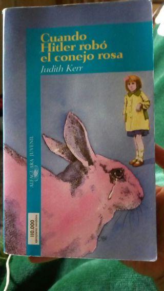 """Novela """"Cuando Hitler robó el conejo rosa"""""""