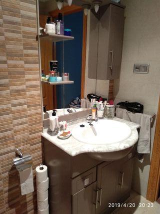 mueble de baño completo .el grifo de regalo