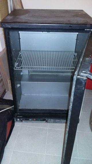 cámara frigorífica con puerta de cristal
