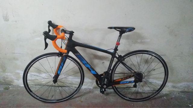Bici ciclista BH Quartz 105 fibra de carbono