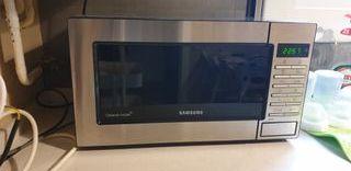 Microondas Samsung con grill