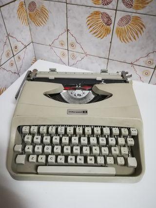 máquina de escribir Underwood 18