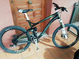 Bicicleta Trek Fuel EX 9