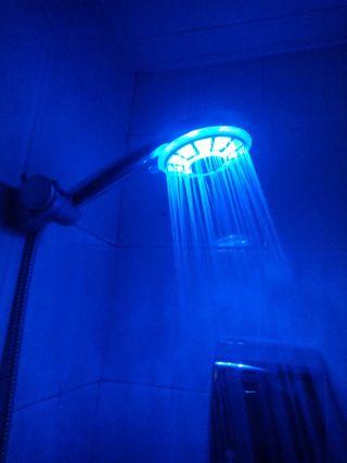 Cabezal ducha LED,cambia color según temperatura