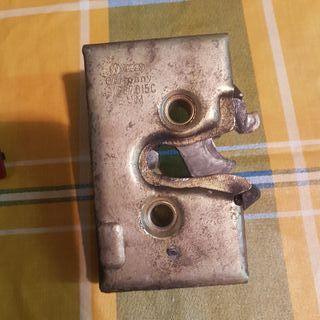 Cerradura puerta conductor original en buen estado