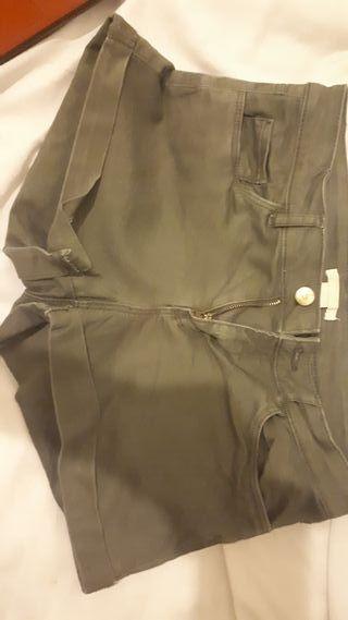 green size 8 denim shorts