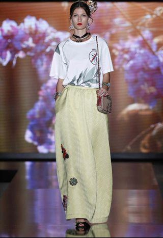 Falda larga tapicero