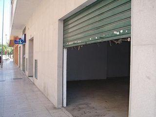 Local comercial en alquiler en Alzira