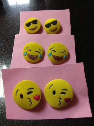 Pendientes de emoji.