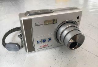 Cámara digital olympus FE-5500