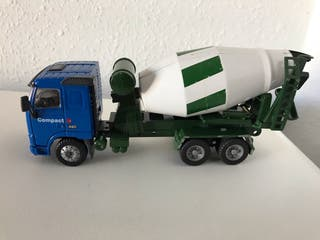 Precioso camión VOLVO hormigonera Joal 1:50