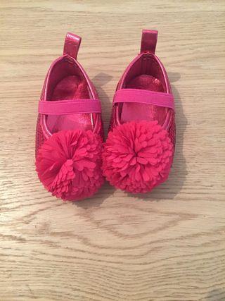 Zapatos bebé rosa nuevos 3-6 meses