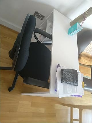 Office desk and adjustable office chair