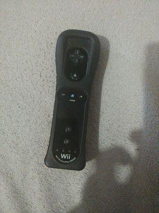 mando Wii negro con funda