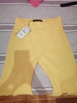 Pantalones campana color amarillo