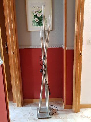 lámpara de pie diseño