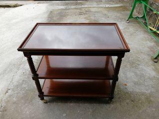 Mesa madera teléfono o recibidor