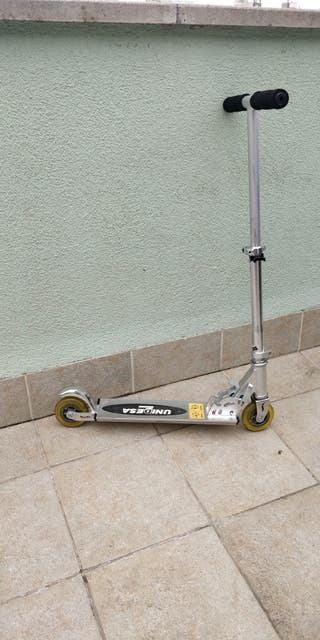 Patinete junior robusto y plegable