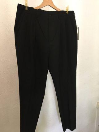 Pantalón negro hombre