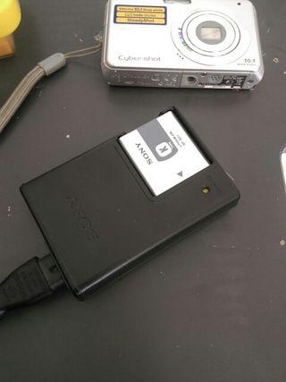 cámara Sony con funda acuatica