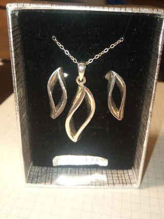 Conjunto plata collar y pendientes joyería