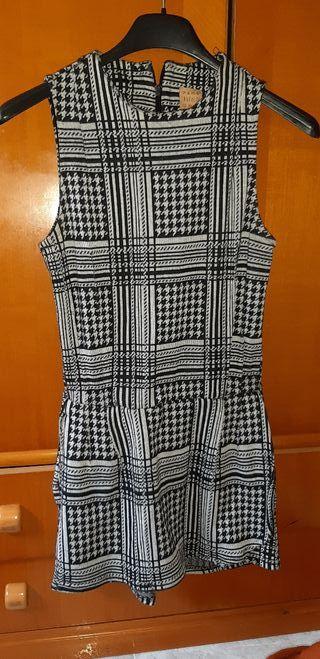 Mono ZARA falda pantalon