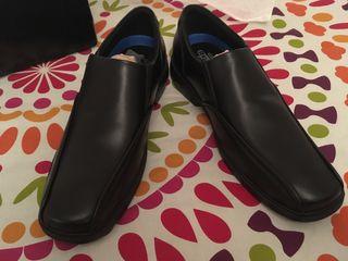 Zapatos de vestir Skechers a estrenar