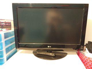 """televisión tv LG HD ready 32"""" con mando"""