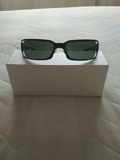 Gafas de sol negras Vogue
