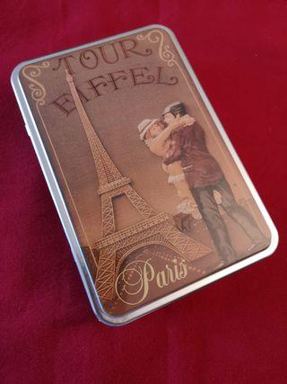 Caja metálica motivo Paris.